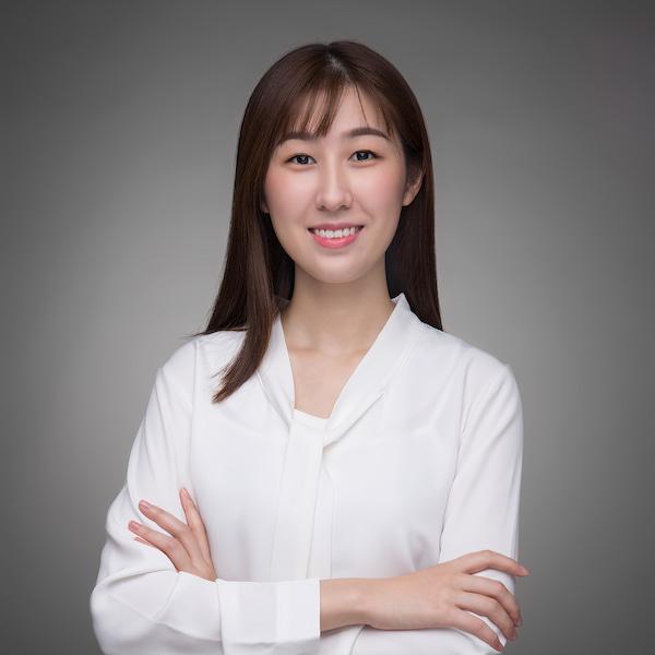 Kay, the CFO of Yaoyi
